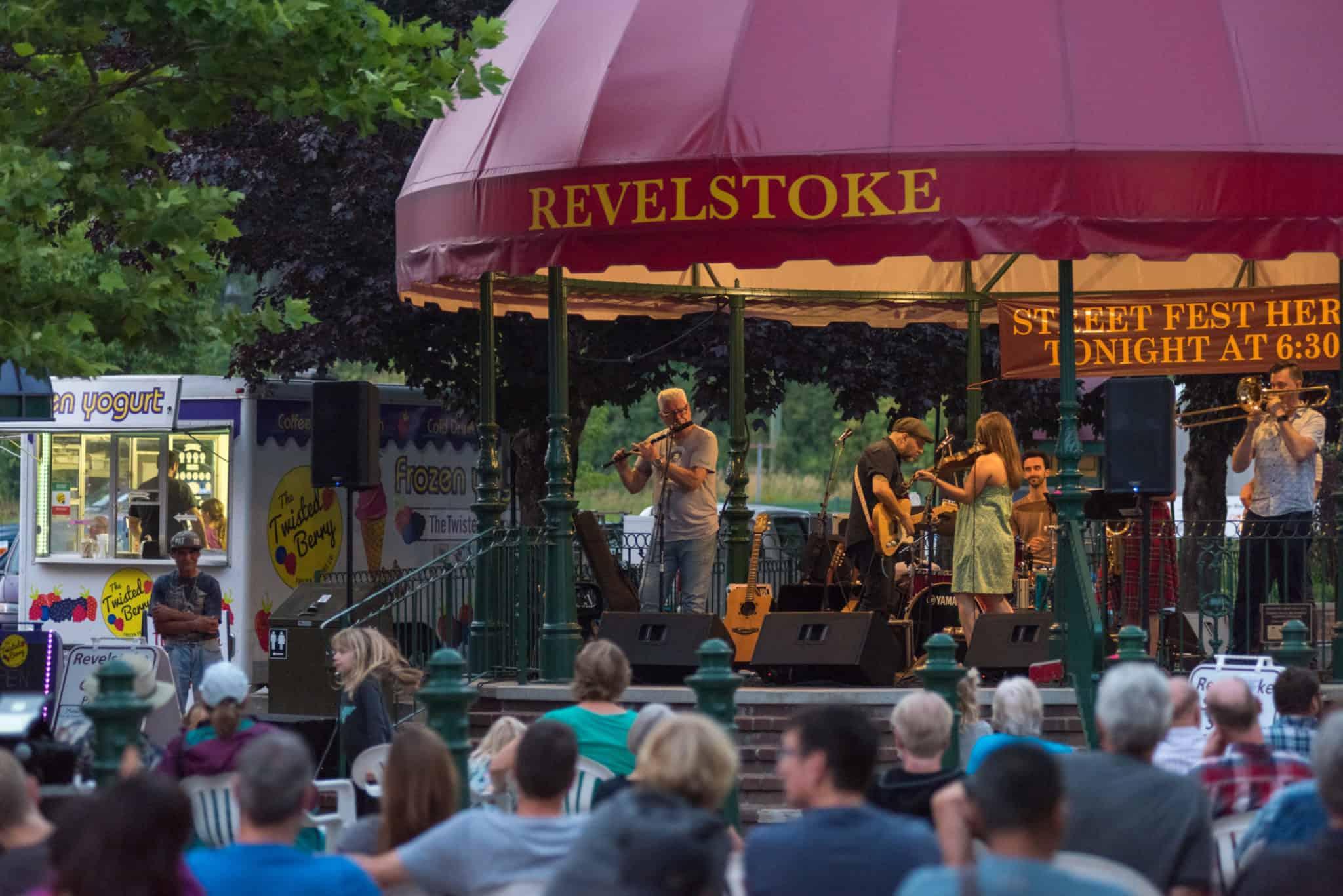 summer-street-festival-event-music-downtown
