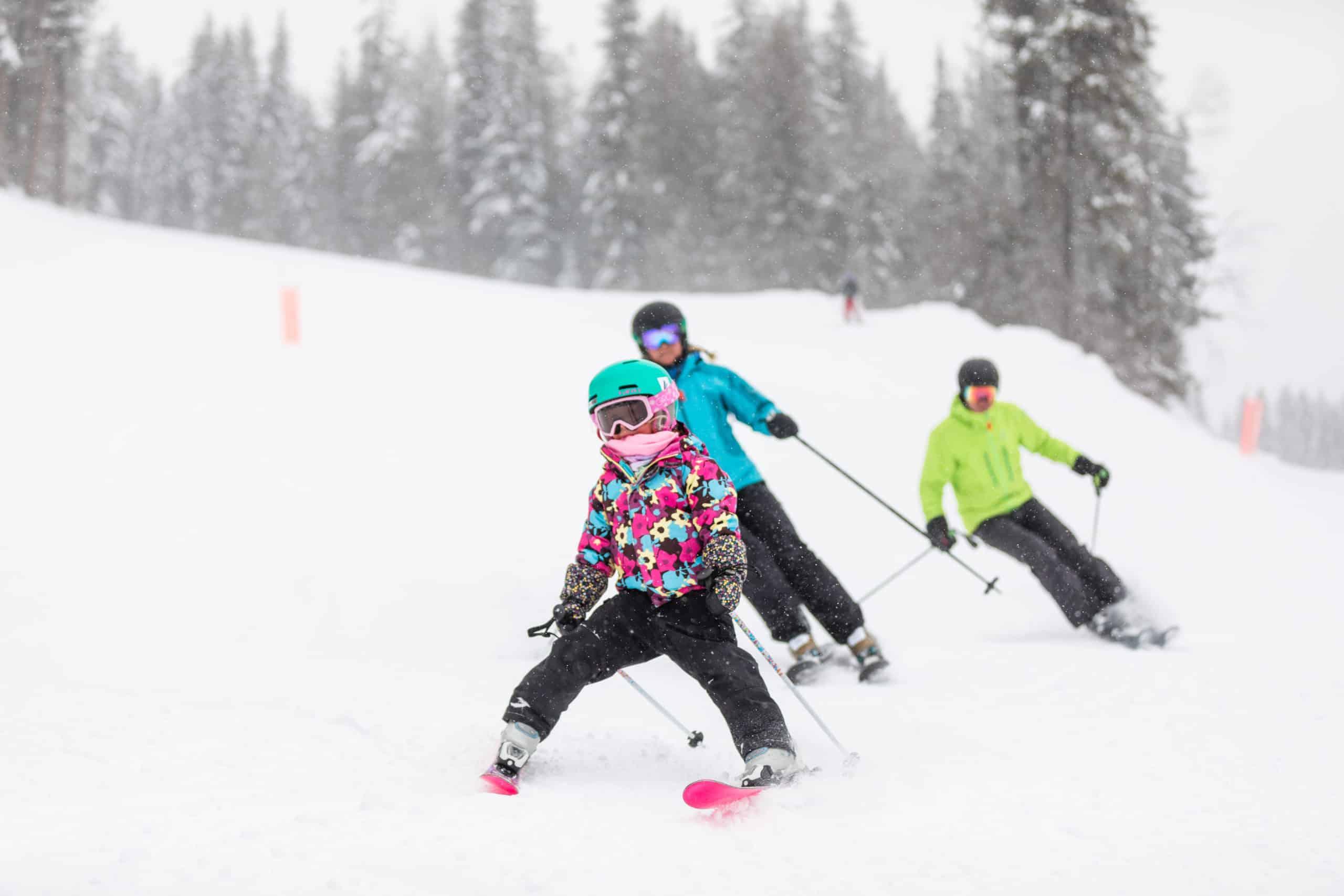Family skiing revelstoke mountain resort